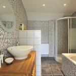 Jasmin Bathroom